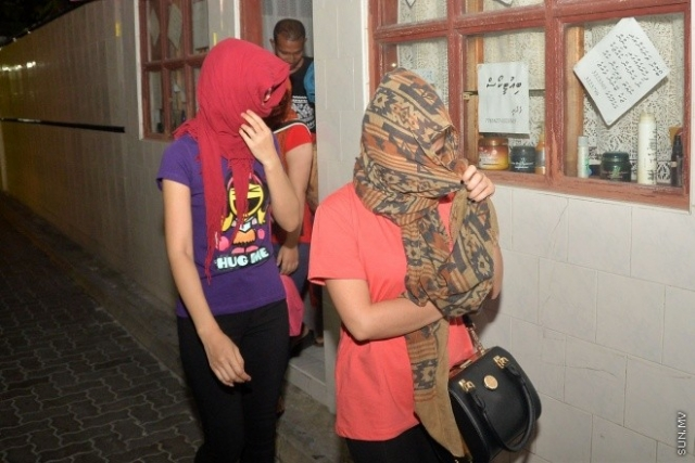 Woman of foreign nationality arrested for solicitation