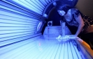 Gov't puts new age restriction on tanning beds