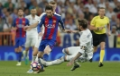 Messi gets 500th career goal for Barca in 3-2 win vs Madrid