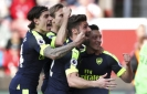 Arsenal, Man City pile on pressure in race for top 4 in EPL