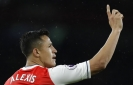 Arsenal keeps Champions League qualification hopes alive