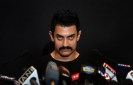 AAMIR KHAN TALKS 'BELLY' IN DELHI