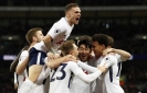 10.5-second goal sets Spurs on way to win over Man United