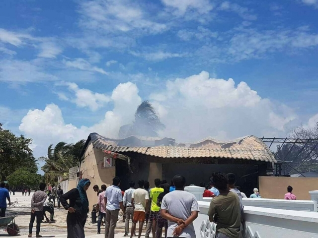 Maabaidhoo fuel storage fire contained