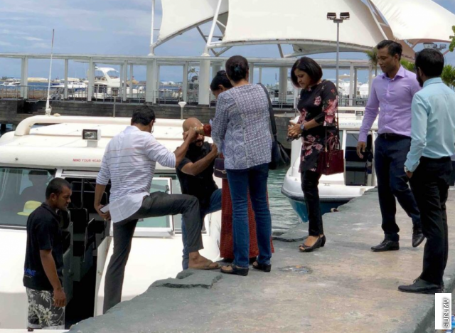 Former President Maumoon has met his children in Dhoonidhoo, except Ghassan