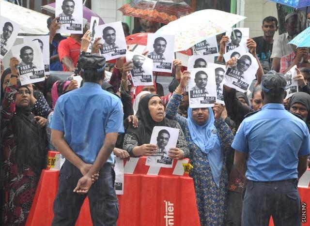 Criminal Court decides that police incarceration of Ghassan Maumoon was illegal