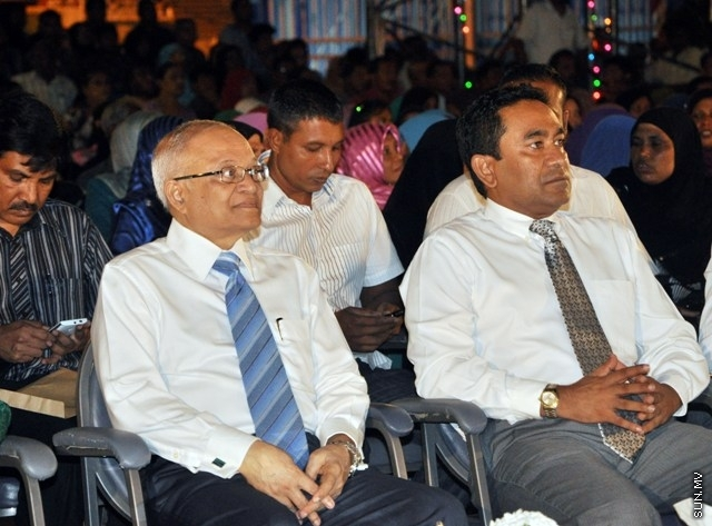 Former MD of Mocum denies allegations of corruption against Maumoon and brother Yamin